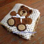 Colcha De Crochet De Bebe Con Osito De Aplique